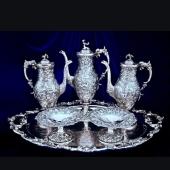 Посуда, вазы, портсигары, скульптуры из серебра и мельхиора