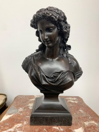 """Бюст """"Венера (Афродита) - богиня красоты, любви, процветания и плодородия (в честь нее назвали планету Венеру)"""", Европа, нач. XIX в."""