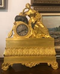 """Часы """"Девушка с лютней"""", ампир, Франция, XIX в."""